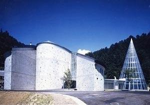 志賀高原ロマン美術館の外観